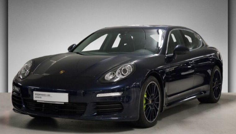 Une Porsche Panamera importée d'Allemagne par Gaillard Auto
