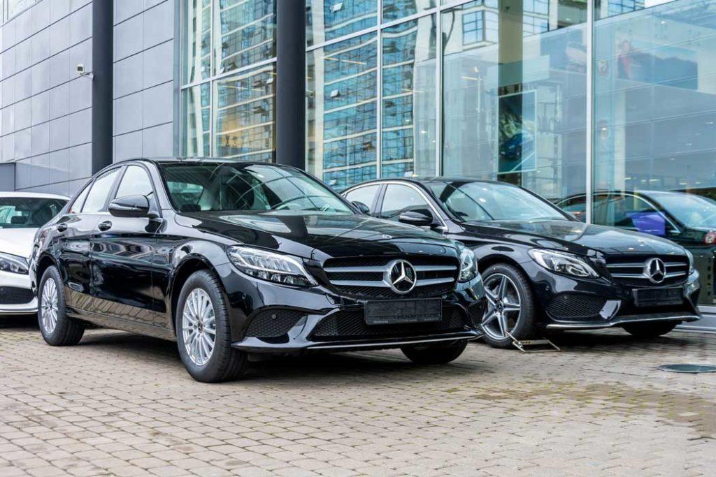 Deux Mercedes