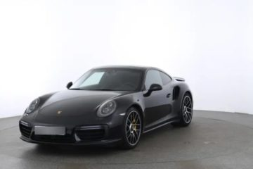 Porsche 911 coupé Turbo S noire